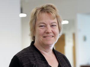 Dr Anna Cadogan